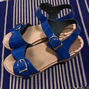 Hanna Andersson girls blue clogs size 13-1